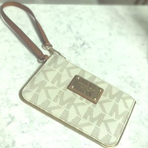 Michael kors signature small purse